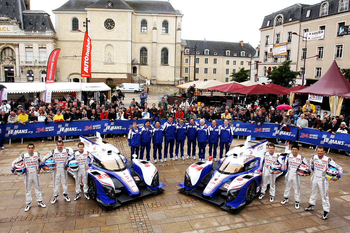 Two TS030 HYBRIDs competed in the 24 Hours of LeMans 2012 season. Nicolas Lapierre, Alex Wurz and Kazuki Nakajima drove the car number 7 while Sébastien Buemi, Stéphane Sarrazin and Anthony Davidson drove the car number 8.
