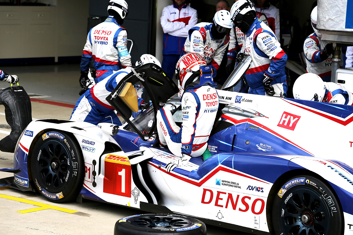 Becoming the champion in the former season, TS040 HYBRID competed in the WEC 2015 season as car number 1.