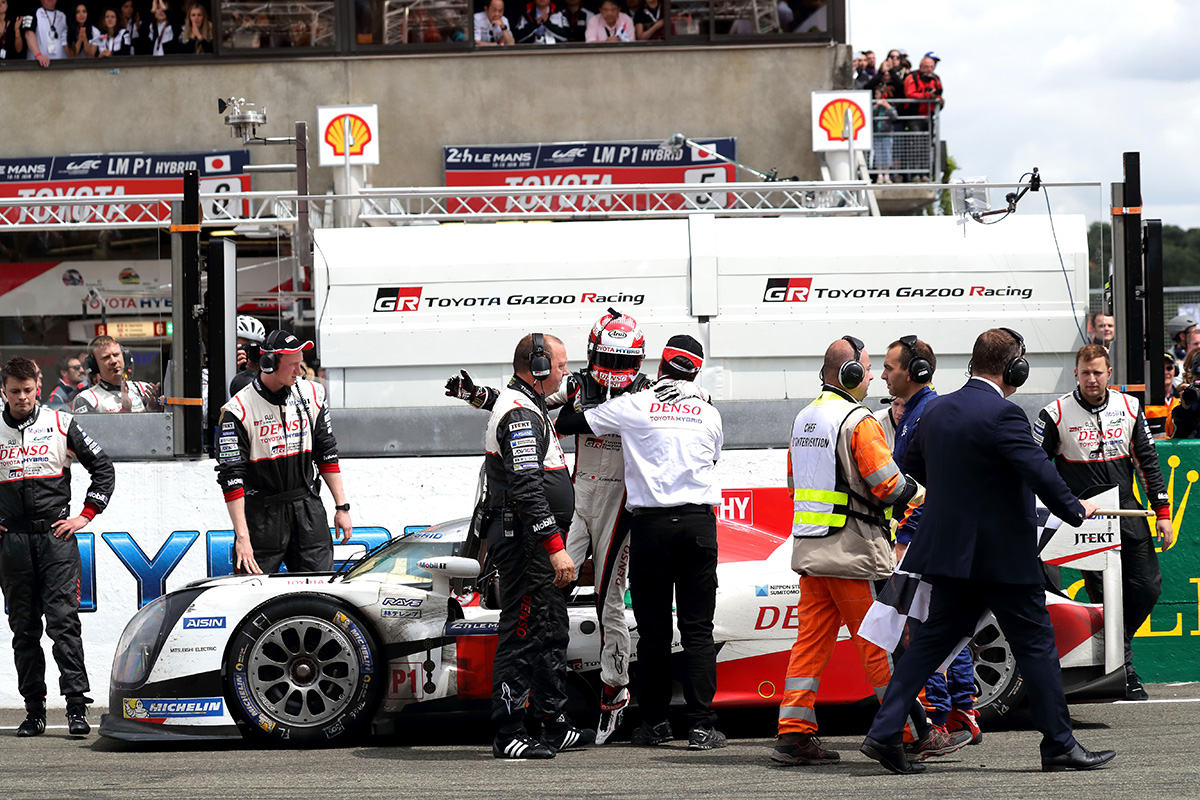 In the 24 Hours of LeMans 2016 season race final, two TS050 HYBRID competed for the top from beginning. Car number 5, however, stopped at almost finish of the race and, unfortunately couldn't claim its first victory.