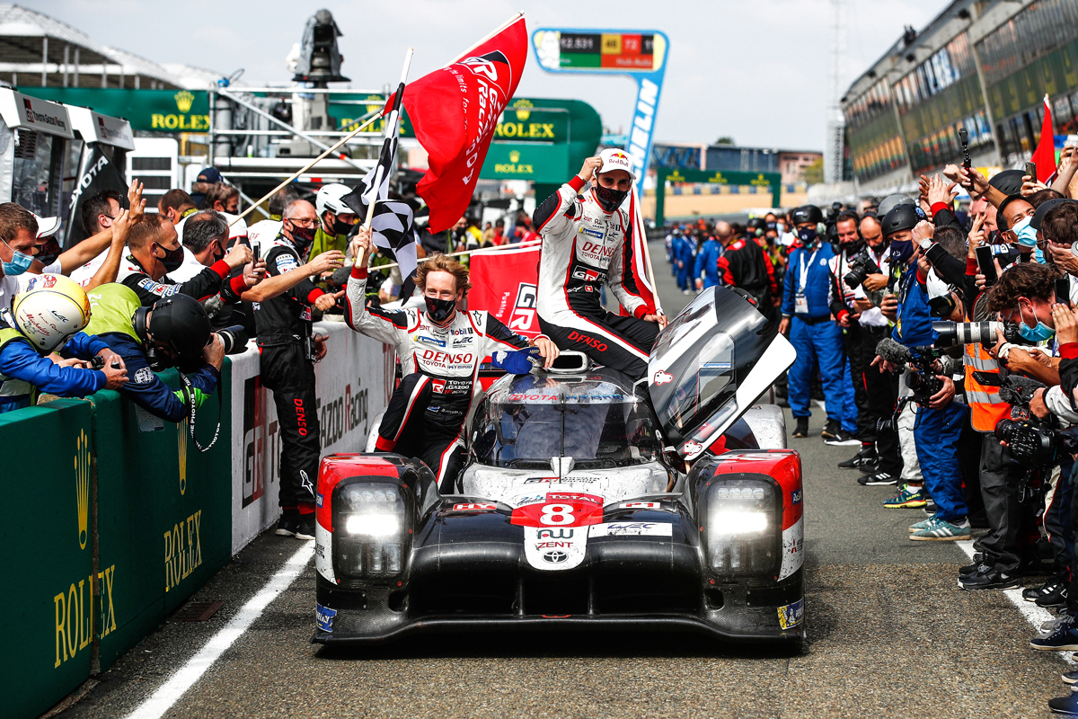 By wining the 24 Hours of LeMans, round 7 of WEC 2019-2020 super season, TS050 HYBRID driven by Sébastien Buemi, Kazuki Nakajima and Brendon Hartley,achieved three consecutive wins at the 24 Hours of LeMans.